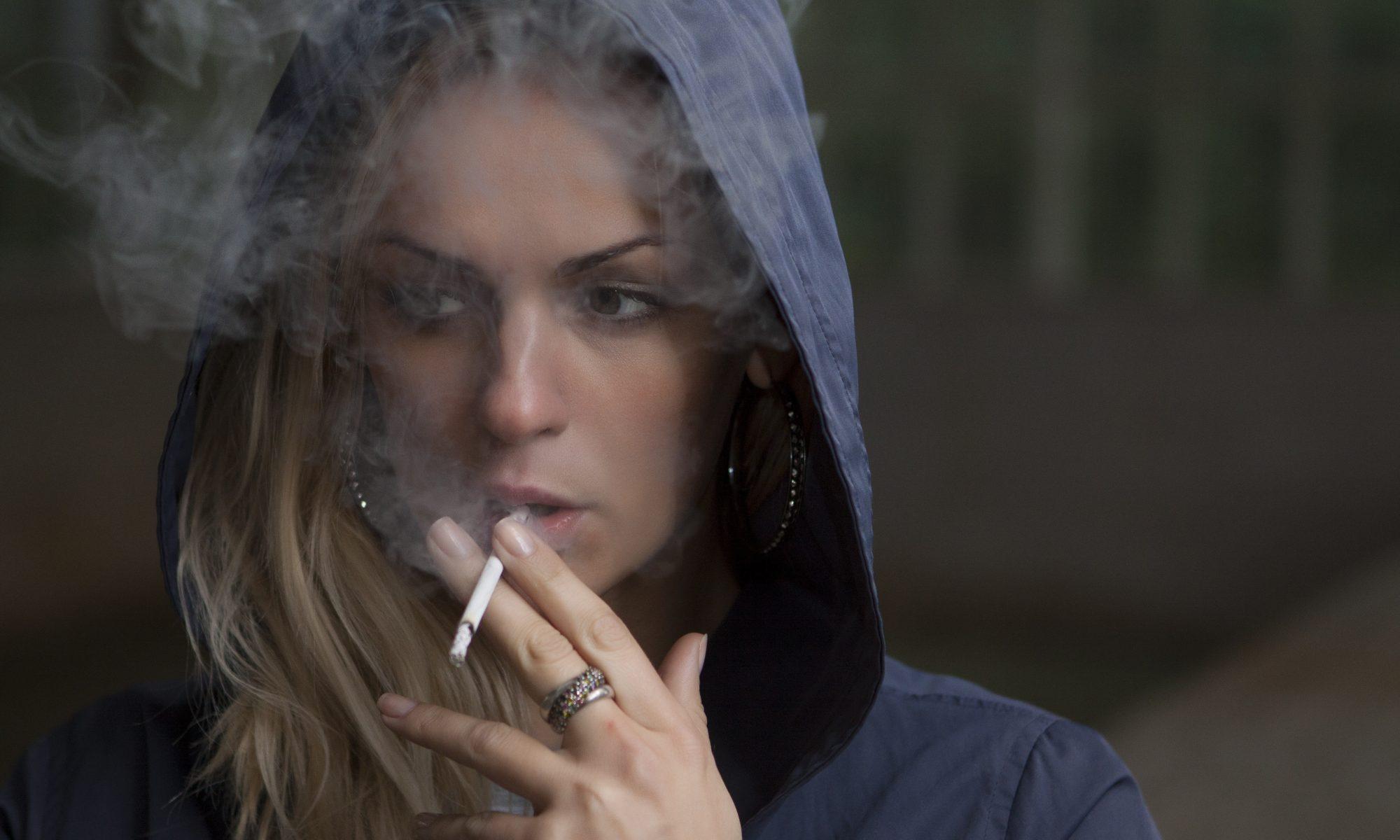L'hypnose peut vous aider d'arrêter de fumer.